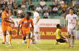 5 điểm nhấn vòng 11 V-League