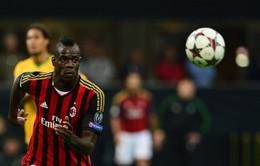 Milan 1-2 Napoli: Tội đồ Balotelli dâng chiến thắng cho đối thủ