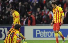 """Bilbao 1-0 Barcelona: """"Người khổng lồ"""" gục ngã tại xứ Basque (VIDEO)"""