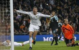 Cris Ronaldo cán mốc 400 bàn thắng trong sự nghiệp