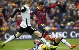 """Barcelona 2-3 Valencia: """"Gã khổng lồ"""" gục ngã trên sân nhà (VIDEO)"""