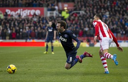 "Stoke City 2-1 M.U: Britannia vùi xác ""Quỷ"" (VIDEO)"
