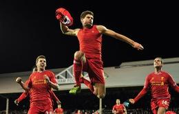 """Fulham 2-3 Liverpool: """"Lữ đoàn Đỏ"""" ngược dòng ngoạn mục (VIDEO)"""