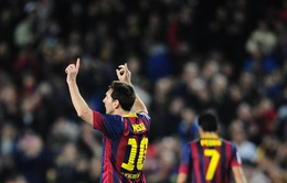 Messi vượt qua huyền thoại Di Stefano