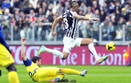 """Juventus 3-1 Chievo: """"Lừa bay"""" gục ngã ở Turin (VIDEO)"""