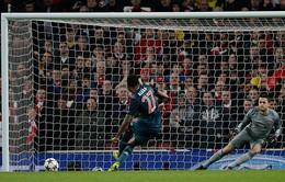 Những bức ảnh đẹp nhất trận Arsenal 0-2 Bayern của Tom Jenkins