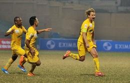 V.League vòng 9: Thanh Hóa bay cao, Công Vinh cán mốc 100 bàn