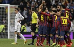Real 3-4 Barca: Rượt đuổi ngoạn mục ở Bernabeu (VIDEO)