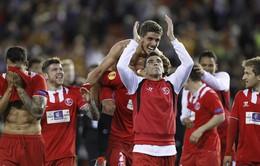 Europa League: Sevilla nghẹt thở vượt qua Valencia giành vé vào chung kết