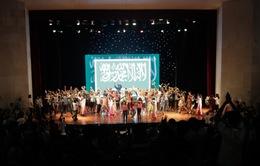 CHÙM ẢNH: Ấn tượng buổi giao lưu học sinh Olympic Hoá học quốc tế 2014
