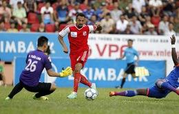Làm sạch bóng đá Việt Nam: Một bàn tay vỗ không kêu