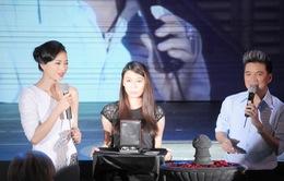 Đàm Vĩnh Hưng trổ tài giúp Ngô Thanh Vân bán đấu giá trang sức quý
