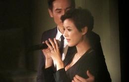 Vợ chồng Trần Hào nghẹn ngào trong ngày cưới ở Canada