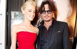 Tình mới của Johnny Depp không muốn tiết lộ chuyện riêng tư