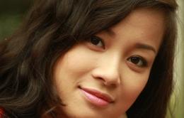 Minh Hương: Chồng không ghen khi diễn cảnh tình cảm với Việt Anh