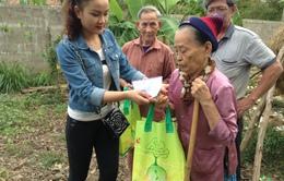 Sao Mai Thanh Huyền lần đầu làm từ thiện