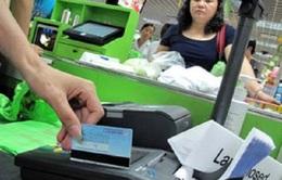 Thanh toán không dùng tiền mặt: Cần lộ trình dài hơi!