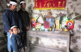 Xót thương 3 anh em mồ côi cả cha lẫn mẹ