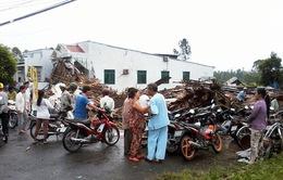 Lốc xoáy làm thiệt hại hơn 50 căn nhà tại Sóc Trăng