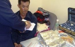 Bắt giữ 2 đối tượng vận chuyển hơn 4kg heroin đi Úc