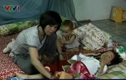 Xót thương bé 5 tuổi chống chọi với ung thư