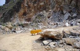 Sập mỏ đá, 3 công nhân tử nạn