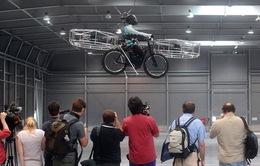 Xe đạp bay F-bike trình làng ở CH Czech