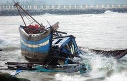 Quảng Ngãi cứu sống 18 ngư dân khu vực Trường Sa