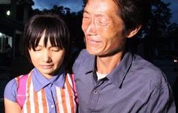 Nạn nhân bị bán sang Trung Quốc được đưa về nhà