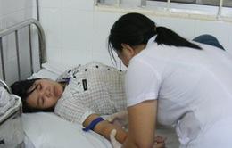 40 công nhân nhập viện vì ngộ độc thực phẩm