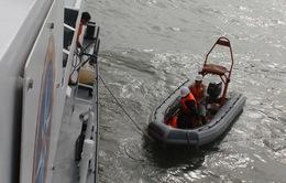 Tìm được thi thể thứ 7 trong vụ lật tàu