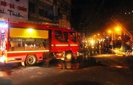 Cháy chung cư ở phố Tây Sài Gòn