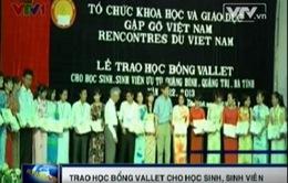 Trao học bổng Vallet cho HS, SV ưu tú 3 tỉnh miền Trung