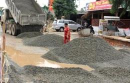 """Xử lý vụ """"thảm nhựa đường trong mưa"""" tại Hà Tĩnh"""