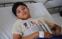 Cảm động cậu bé hiếu học mắc bệnh hiểm nghèo