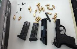 Hải quan TP.HCM bắt giữ nhiều vụ vận chuyển vũ khí trái phép