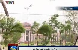 Bão đổ bộ, hàng chục ngôi nhà tại Quảng Nam bị tốc mái