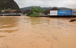Nỗ lực giúp dân vùng tâm lũ Quảng Bình
