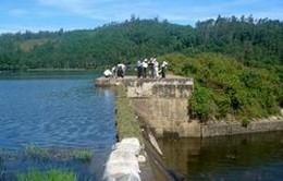Kiểm tra việc vận hành hồ chứa nước ở 3 tỉnh