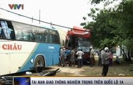 TNGT liên hoàn: 1 người chết, hơn 20 người bị thương