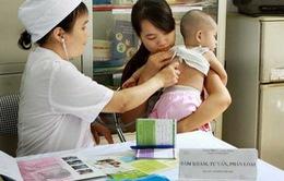 Các phản ứng thông thường và hiếm gặp sau tiêm chủng