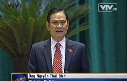 Bộ trưởng Bộ Nội vụ trả lời chất vấn các đại biểu Quốc hội