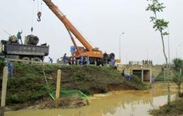 Vỡ đường ống cấp nước tại HN: Chiều nay (22/11) cơ bản sẽ khắc phục