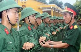 Hà Nội ưu tiên công dân trình độ đại học tham gia quân đội