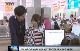 TP.HCM: Người dân vẫn chật vật với vé tàu Tết