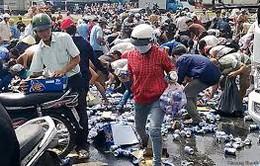 """Đồng Nai khởi tố vụ án """"hôi bia"""" từ xe tải bị nạn"""