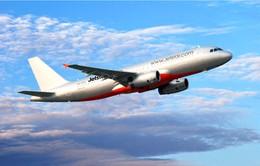 Bộ GTVT ký hợp đồng khách hàng với 2 hãng hàng không giá rẻ