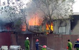 Chùm ảnh: Cháy lớn gần khách sạn La Thành