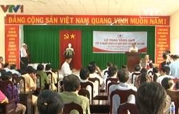 Phó Thủ tướng Vũ Văn Ninh tặng quà Tết cho người nghèo TP Cần Thơ