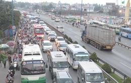 CSGT hóa trang, mật phục phạt vi phạm trên nhiều tuyến quốc lộ